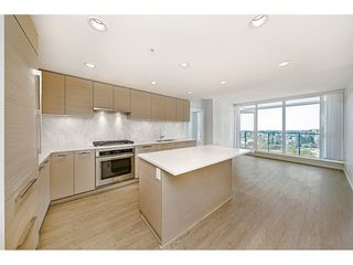 """Photo 4: 1402 6700 DUNBLANE Avenue in Burnaby: Metrotown Condo for sale in """"VITTORIO"""" (Burnaby South)  : MLS®# R2526495"""