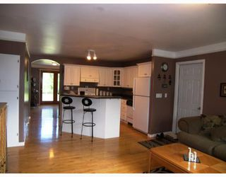Photo 3: 18 BIRCH Drive in ROSENORT: Manitoba Other Single Family Detached for sale : MLS®# 2710758