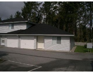 Main Photo: 5 5706 EBBTIDE Street in Sechelt: Sechelt District Townhouse for sale (Sunshine Coast)  : MLS®# V656386
