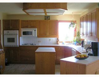 Photo 3:  in COCHRANE: Rural Rocky View MD Residential Detached Single Family for sale : MLS®# C3316192