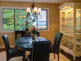 Photo 4: 8883 Moresby Park Terr in Sidney: Residential for sale : MLS®# 256469