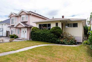 Photo 2: 158 E 44TH Avenue in Vancouver: Main House for sale (Vancouver East)  : MLS®# R2389574