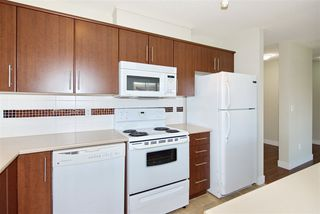 "Photo 8: 426 12248 224 Street in Maple Ridge: East Central Condo for sale in ""URBANO"" : MLS®# R2391264"