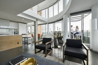 """Photo 9: 3502 33 SMITHE Street in Vancouver: Yaletown Condo for sale in """"Coopers Lookout"""" (Vancouver West)  : MLS®# R2413176"""