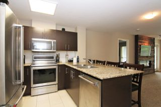 """Photo 3: 213 11665 HANEY Bypass in Maple Ridge: West Central Condo for sale in """"HANEY'S LANDING"""" : MLS®# R2418876"""