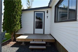 Photo 2: 7 LOUISE Street in St Clements: Pineridge Trailer Park Residential for sale (R02)  : MLS®# 202000380