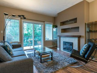 Photo 2: 111 930 Braidwood Rd in COURTENAY: CV Courtenay East Row/Townhouse for sale (Comox Valley)  : MLS®# 834207
