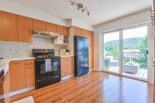 """Photo 10: 57 4401 BLAUSON Boulevard in Abbotsford: Abbotsford East Townhouse for sale in """"Sage"""" : MLS®# R2454541"""
