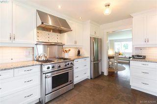 Photo 10: 2755 Belmont Ave in VICTORIA: Vi Oaklands House for sale (Victoria)  : MLS®# 839504