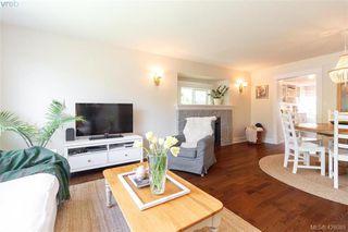 Photo 6: 2755 Belmont Ave in VICTORIA: Vi Oaklands House for sale (Victoria)  : MLS®# 839504