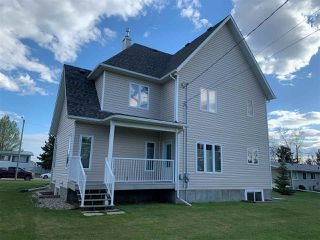 Photo 3: 10724 102 Street: Westlock House for sale : MLS®# E4200070