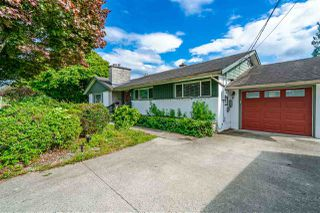 Photo 3: 46254 STRATHCONA Road in Chilliwack: Fairfield Island House for sale : MLS®# R2480143