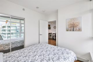 "Photo 16: 2301 13308 CENTRAL Avenue in Surrey: Whalley Condo for sale in ""EVOLVE TOWER"" (North Surrey)  : MLS®# R2480896"