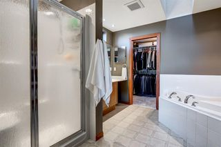 Photo 21: 30 Cougarstone Mews SW in Calgary: Cougar Ridge Detached for sale : MLS®# A1053099