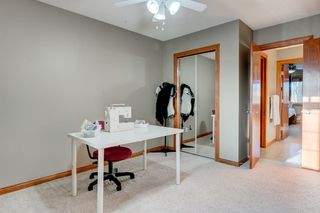 Photo 27: 30 Cougarstone Mews SW in Calgary: Cougar Ridge Detached for sale : MLS®# A1053099