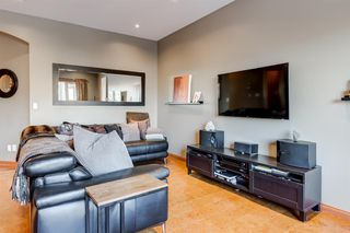 Photo 12: 30 Cougarstone Mews SW in Calgary: Cougar Ridge Detached for sale : MLS®# A1053099
