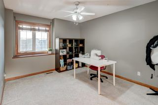 Photo 28: 30 Cougarstone Mews SW in Calgary: Cougar Ridge Detached for sale : MLS®# A1053099