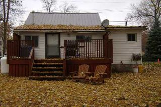 Photo 3: 9 Ridge Avenue in Lagoon City: House (Bungalow) for sale (X17: ANTEN MILLS)  : MLS®# X1732890