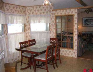 """Photo 4: 69 8254 134 ST in Surrey: Queen Mary Park Surrey Manufactured Home for sale in """"WESTWOOD ESTATES"""" : MLS®# F2504754"""