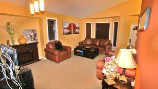 Photo 3: 172 Orum Drive in Winnipeg: North Kildonan Residential for sale (North East Winnipeg)  : MLS®# 1121571