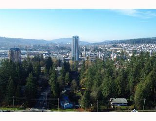 """Photo 2: 1001 3071 GLEN Drive in Coquitlam: North Coquitlam Condo for sale in """"PARC LAURENT"""" : MLS®# V685647"""