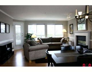"""Photo 2: 102 5450 208TH Street in Langley: Langley City Condo for sale in """"Montgomery Gate"""" : MLS®# F2806778"""