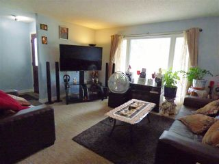 Photo 3: 14607 21 Street in Edmonton: Zone 35 House Half Duplex for sale : MLS®# E4168303
