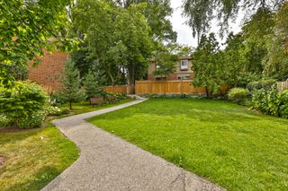Photo 24: 7 3122 Lakeshore Road West in Oakville: Condo for sale : MLS®# 30762793