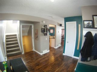 Photo 2: 15110 43 Street in Edmonton: Zone 02 House for sale : MLS®# E4190500