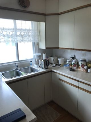 Photo 5: 9328 79 Street in Edmonton: Zone 18 House for sale : MLS®# E4198070