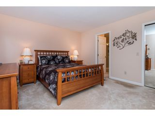 """Photo 10: 2 1804 SOUTHMERE Crescent in Surrey: Sunnyside Park Surrey Townhouse for sale in """"South Pointe on the Park"""" (South Surrey White Rock)  : MLS®# R2462684"""