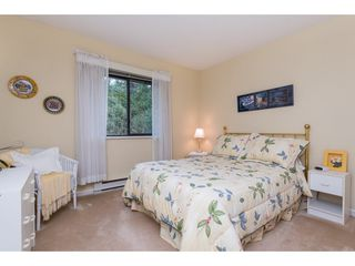 """Photo 11: 2 1804 SOUTHMERE Crescent in Surrey: Sunnyside Park Surrey Townhouse for sale in """"South Pointe on the Park"""" (South Surrey White Rock)  : MLS®# R2462684"""