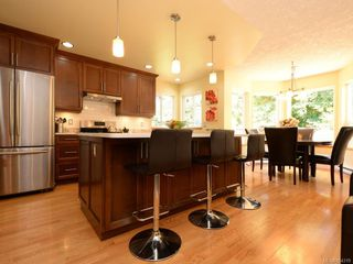 Photo 8: 1053 Parsell Pl in : CS Brentwood Bay House for sale (Central Saanich)  : MLS®# 854319