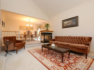 Photo 2: 1053 Parsell Pl in : CS Brentwood Bay House for sale (Central Saanich)  : MLS®# 854319