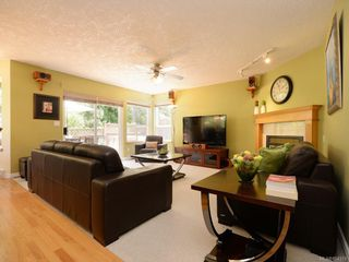 Photo 9: 1053 Parsell Pl in : CS Brentwood Bay House for sale (Central Saanich)  : MLS®# 854319