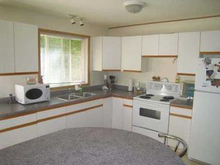 Photo 6: 8758 Holding Road in Adams Lake: Waterfront Residential Detached for sale : MLS®# 9222060