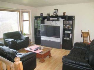 Photo 5: 8758 Holding Road in Adams Lake: Waterfront Residential Detached for sale : MLS®# 9222060