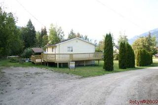 Photo 23: 8758 Holding Road in Adams Lake: Waterfront Residential Detached for sale : MLS®# 9222060