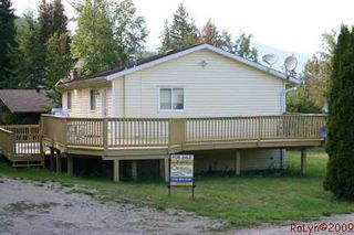 Photo 24: 8758 Holding Road in Adams Lake: Waterfront Residential Detached for sale : MLS®# 9222060