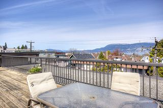 "Photo 10: 209-2125 W 2nd Ave in Vancouver: Kitsilano Condo for sale in ""Sunny Lodge"" (Vancouver West)"