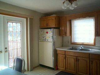 Photo 6: 611 DAVID Street in Winnipeg: Westwood / Crestview Single Family Detached for sale (West Winnipeg)  : MLS®# 2504052