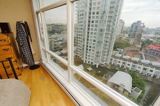 "Photo 11: 1607 198 AQUARIUS MEWS BB in Vancouver: False Creek North Condo for sale in ""AQUARIUS"" (Vancouver West)  : MLS®# V654355"