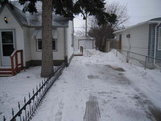 Photo 15: 1923 WILLIAM AVE W in Winnipeg: Residential for sale : MLS®# 1104403