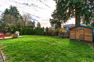 Photo 2: 20400 THORNE Avenue in Maple Ridge: Southwest Maple Ridge House for sale : MLS®# R2419754