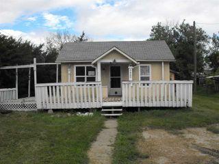 Photo 1: 4622 50 Avenue: Elk Point House for sale : MLS®# E4182440