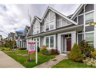 "Photo 1: 21031 79A Avenue in Langley: Willoughby Heights Condo for sale in ""Kingsbury at Yorkson South"" : MLS®# R2448587"