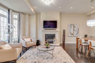 Photo 11: 4 12 Burkebrooke Place in Toronto: Bridle Path-Sunnybrook-York Mills Condo for sale (Toronto C12)  : MLS®# C4742673