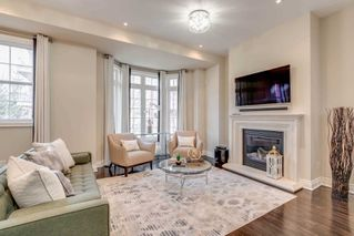 Photo 9: 4 12 Burkebrooke Place in Toronto: Bridle Path-Sunnybrook-York Mills Condo for sale (Toronto C12)  : MLS®# C4742673