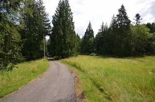 Photo 2: 5705 - 5707 EXTROM Road in Chilliwack: Ryder Lake House for sale (Sardis)  : MLS®# R2471764