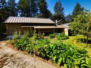 Photo 4: 721 CHARTER Road: Mayne Island House for sale (Islands-Van. & Gulf)  : MLS®# R2481298